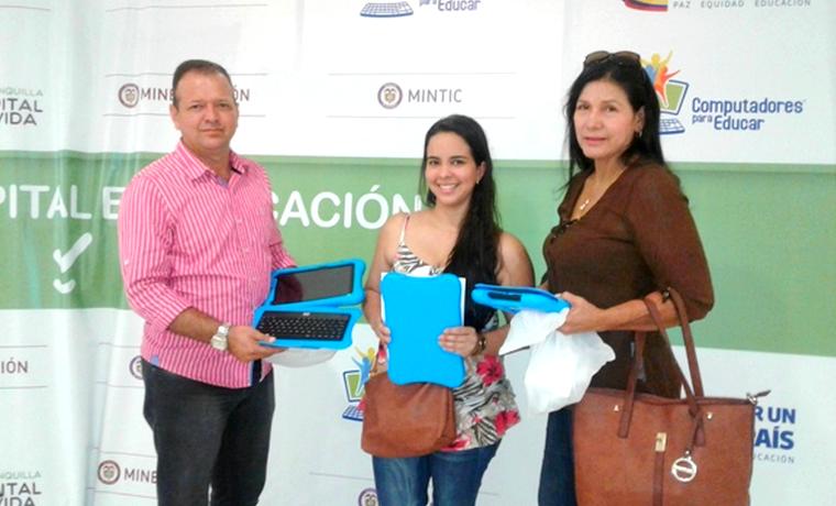 Docentes del Distrito recibieron 468 tabletas como herramientas pedagógicas