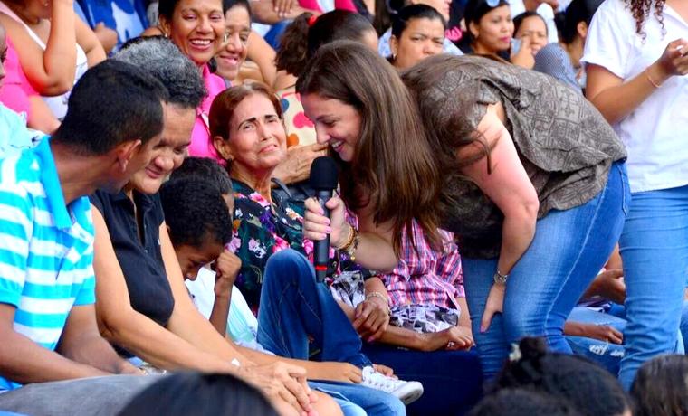 Con participación de 14.000 padres, Distrito realizó Escuela de Familias