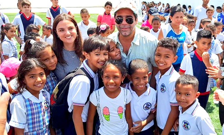 Alcalde Char entregó al servicio nueva cancha y aulas en la IED San Vicente de Paúl