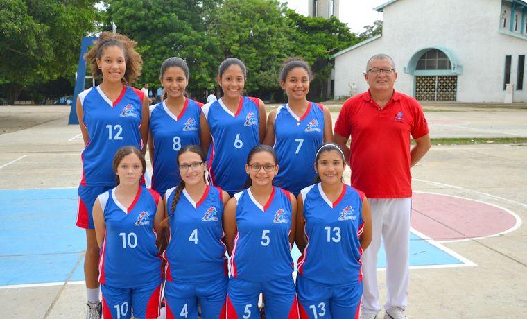 Equipos de baloncesto y voleibol de la normal la hacienda
