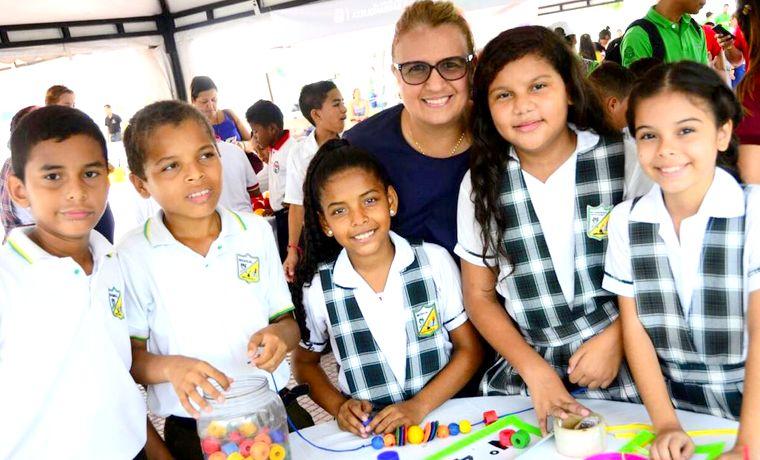 Con asistencia de más de mil estudiantes, Distrito realizó segunda Feria de las Matemáticas