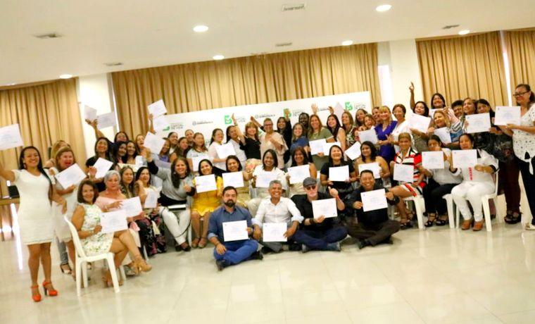 Distrito fortalece rol de docentes orientadores para un ambiente escolar sano