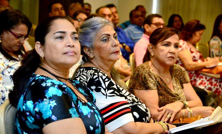 Distrito brinda formación a directivos docentes en II encuentro de coordinadores